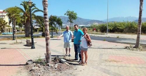 Ciudadanos Salobreña critica la falta de mantenimiento del vial de la playa pese a las continuas inversiones del Ayto.
