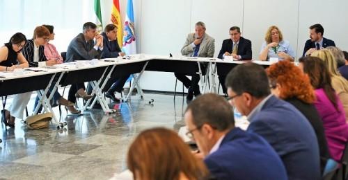 Diputación reforzará el protagonismo de la Costa para garantizar el desarrollo económico e industrial de la provincia