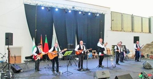 El fado inaugura la V edición del Festival de Habaneras de Salobreña-.jpg