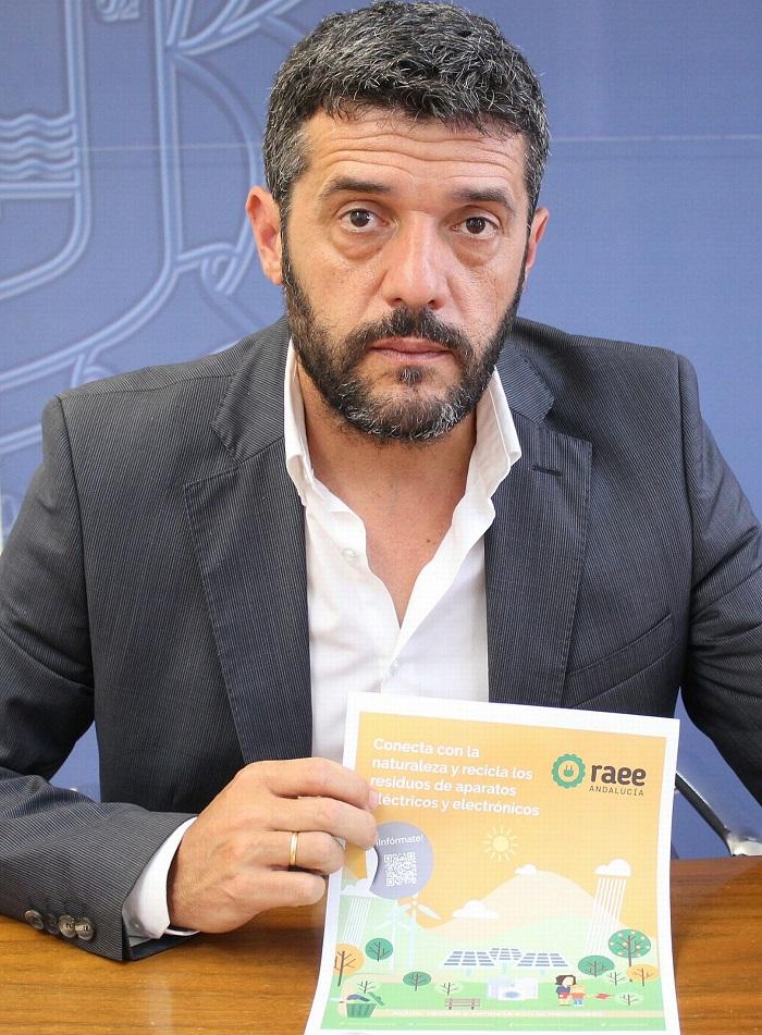 El teniente de alcalde responsable del Servicio Municipal de Limpieza, Francisco Sánchez-Cantalejo.jpg