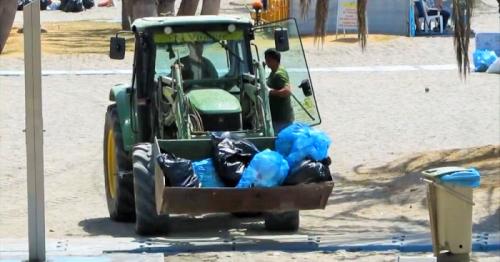 Entre 80 y 90 toneladas de residuos se recogieron en las playas sexitanas tras la noche de San  Juan.png