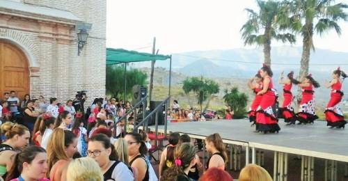 Gran ambiente en la inauguración de las fiestas del barrio de San Antonio 2018 (2).jpg