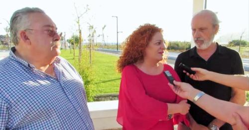 María Eugenia Rufino con Julio Roldán, ingeniero, y Francisco Morejón, arquitecto municipal