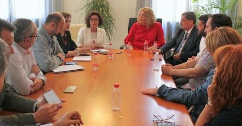 María Isabel Baena, viceconsejera de Salud, visita el Ayuntamiento de Motril.jpg