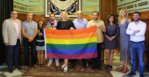 Motril se suma a los actos de apoyo al colectivo LGTBI.jpg