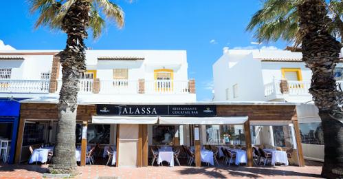 Un espectáculo de cocina en vivo y cocktelería inauguran la temporada de verano del restaurante Talassa.png