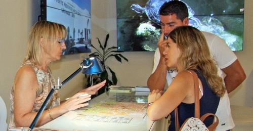 El Patronato de Turismo provincial atendió a 85.630 turistas en sus oficinas de información en el primer semestre.jpg