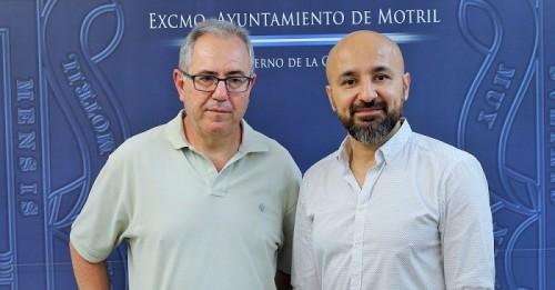 Francisco Ruiz junto a Alexandre Monntoya.jpg