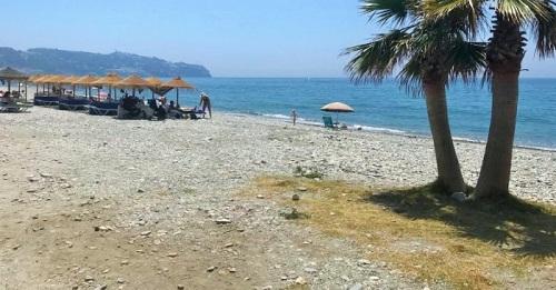 Playa de La Herradura.jpg