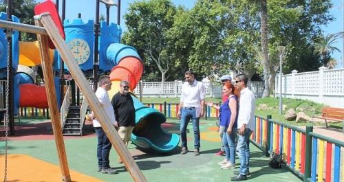 Ya está abierta la zona infantil del parque de La Fuente I de la Villa.jpg
