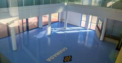 Interior de la terminal de pasajeros en el Puerto de Motril que ahora podrá usar FRS.jpg