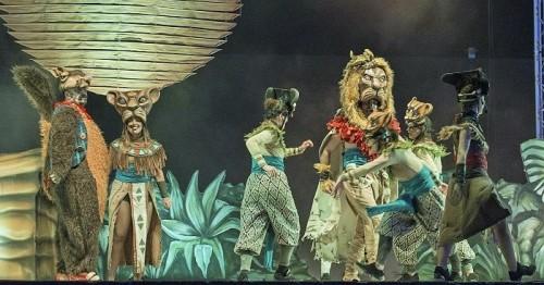 Motril dedica su tercer día de Fiestas a los más pequeños con gran afluencia al musical El Rey León y a las atracciones.jpg