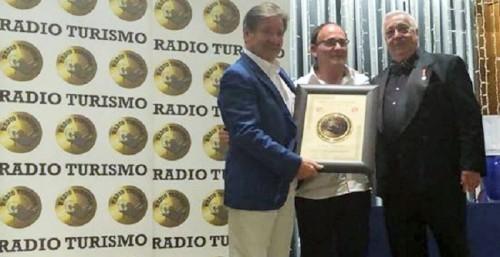 El Chiringuito 'Casa Emilio' de Salobreña galardonado con el Premio Nacional de Gastronomía 'Plato de Oro'.jpg