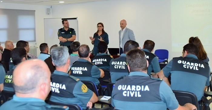El Infoca forma sobre seguridad en incendios forestales al personal del SEPRONA.jpg