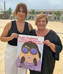 La diputada Irene Justo (izq) y la teniente de alcalde Susana Feixas en Motril.jpg