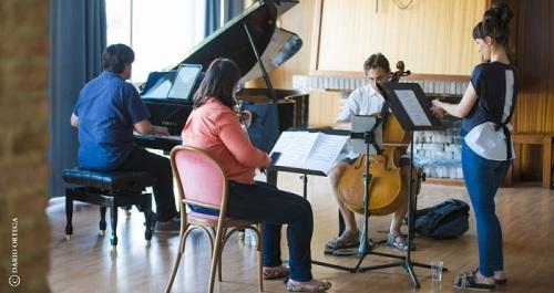 Música Sur cambia este lunes de escenario con el concierto 'Vistas al Mar' en el Real Club Náutico de Motril.jpg