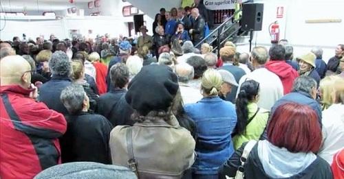 Concentración en el Mercado Municipal de Abastos de Almuñécar