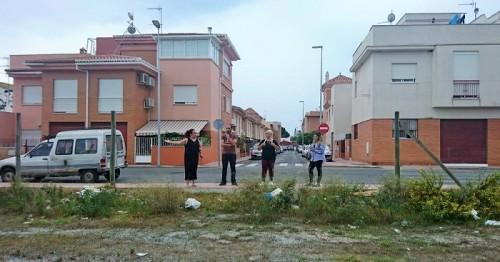 Cs Motril pide se atiendan las demandas de mantenimiento, limpieza y seguridad de los vecinos de Santa Adela.jpg