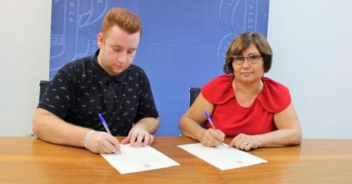Educación y Phoenix renuevan su colaboración para el desarrollo del Plan de Formación y Sensibilización Juvenil.jpg