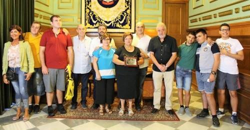 El Ayto. de Motril reconoce la labor del Colegio Luis Pastor de Aprosmo.jpg