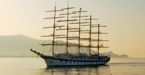 El velero de lujo Royal Clipper vuelve este jueves al Puerto de Motril.jpg