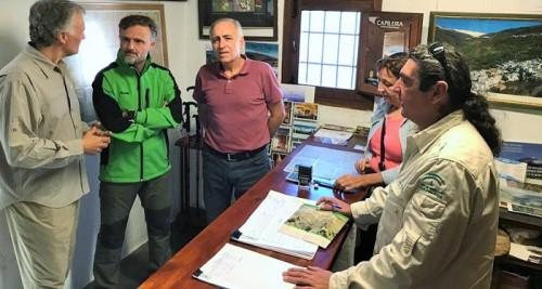 Fiscal pone en valor la gestión de ungulados silvestres en el IX encuentro RUSI en Capileira.jpg