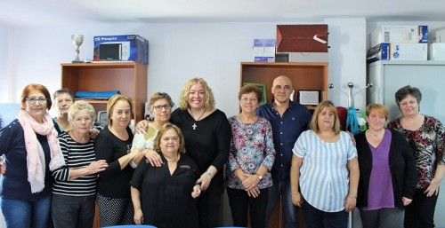 Foto de familia en el taller social de adultos de Las Angustias