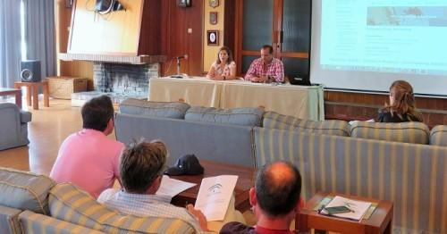 La Junta presenta en Motril un nuevo sistema telemático para gestionar la formación en navegación marítima.jpg