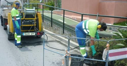 Limpieza de imbornales por Aguas y Servicios de la Costa Tropical.png