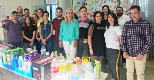 Mª Ángeles Escámez visita a los alumnos del curso 'Actividades de Venta'.jpg