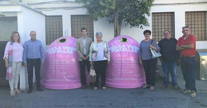 Una campaña en Órgiva incentiva el reciclaje de vidrio para ayudar en la investigación contra el cáncer.jpg