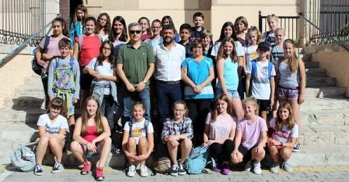 Una treintena de estudiantes alemanes visitan el Ayuntamiento de Motril.jpg