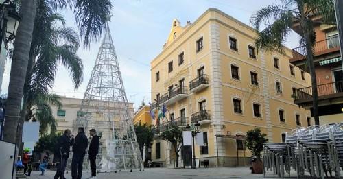 Almuñécar encenderá su alumbrado navideño el 30 de noviembre.jpg
