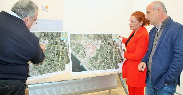 Ayto. y Mancomunidad presentan un proyecto para resolver el problema de las inundaciones de Salobreña