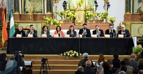 El Congreso sobre el levantamiento morisco comienza en Bubión con un debate sobre la Guerra en la Edad Moderna.jpg