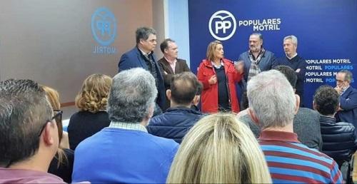 El PP de Motril da la bienvenida en un acto en su sede a los nuevos afiliados.jpg