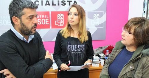 El PSOE de Motril pide el voto 'para permitir que continúen las políticas sociales en la Junta'.jpg