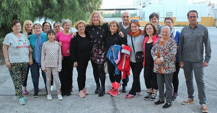 Flor Almón visita varios Talleres Sociales de Adultos de Motril.jpg