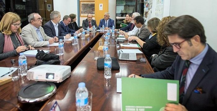 Granada acoge la primera reunión para la elaboración del nuevo Plan de Desarrollo Económico de Andalucía.jpg
