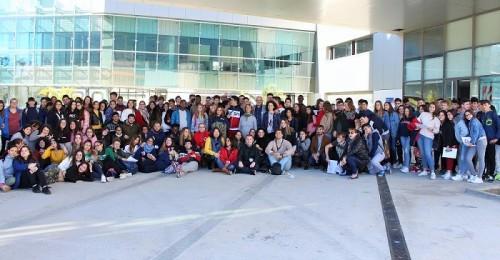 La segunda Escuela de Juventud reúne a más de 200 jóvenes de los diferentes centros de secundaria de Motril.jpg