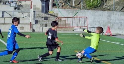 Los benjamines de la Juventud Sexitana inician la temporada con dos victorias, un empate y una derrota.jpg