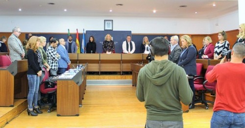 Motril_Momento del minuto de silencio durante el Pleno de noviembre