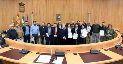 Diputación financia la compra de vehículos de recogida de residuos en 24 pequeños municipios de la provincia.jpg