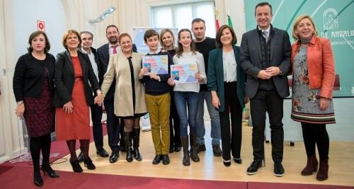 Dos alumnos de Salobreña primeros premios de la fase provincial del XVII Certamen Literario Escolar Andaluz.jpg