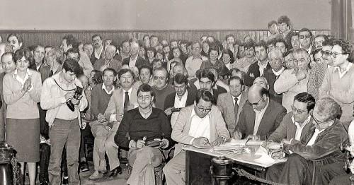 El Faro presenta este viernes 14, en la UNED, 'La historia de los primeros años de la democracia'.jpg