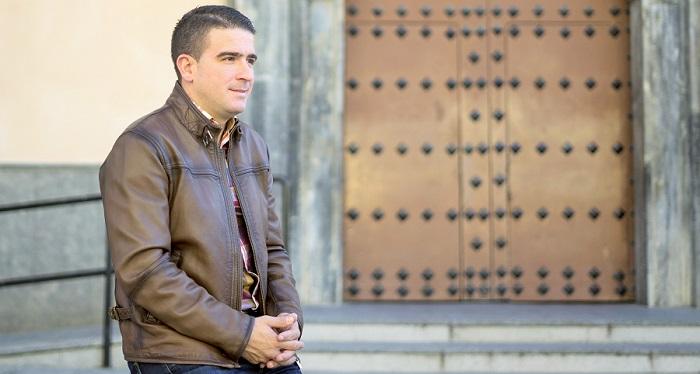 Manuel Díaz, presentador del Cartel Oficial de la Semana Santa de Motril.jpg