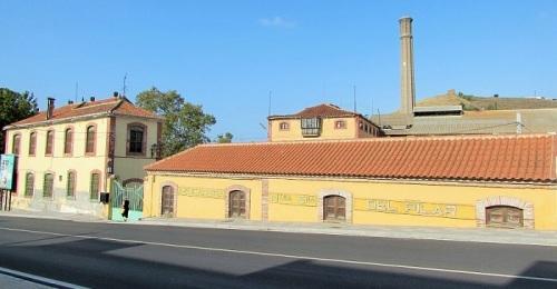 Fábrica del Pilar en Motril.jpg