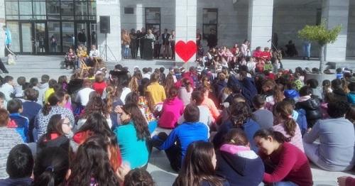 los centros escolares de salobreña celebran el día de la paz