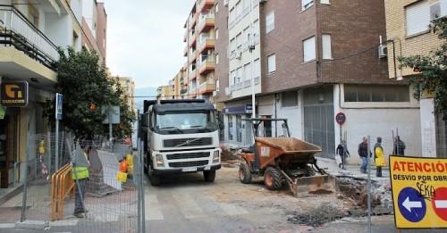 El avance de las obras en la calle Ancha de Motril obliga a cortarla al tráfico.jpg
