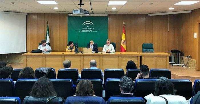 El delegado de Políticas Sociales presenta el proyecto ERACIS.jpg